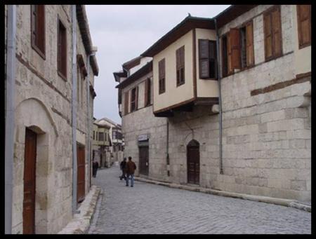 Tarsus Tarihi Yerleri