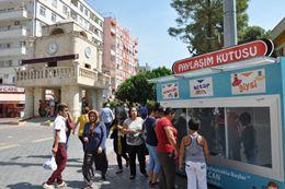 Tarsus'ta ''Paylaşım Kutusu' Projesi İlgi Görüyor