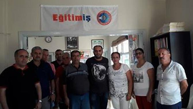 CHP'liler, Eğitim Sendikaları Yöneticilerini Ziyaret Ettiler