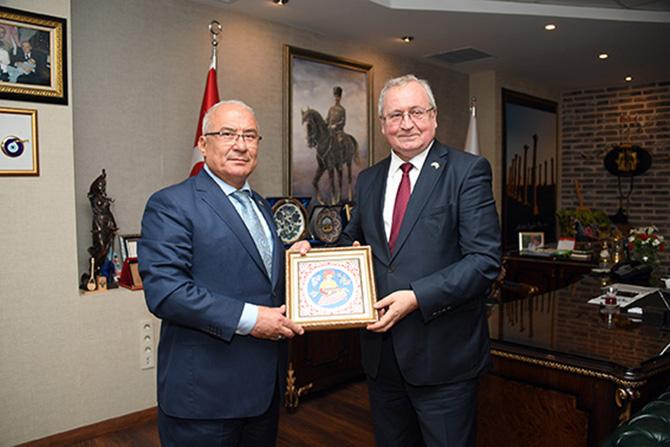 Kosova Ankara Büyükelçisi, Kocamaz'ı Ziyaret Etti