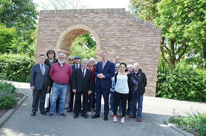 Eski Cumhurbaşkanı Christian Wulff, Almanya'daki Tarsus'u Ziyaret Etti