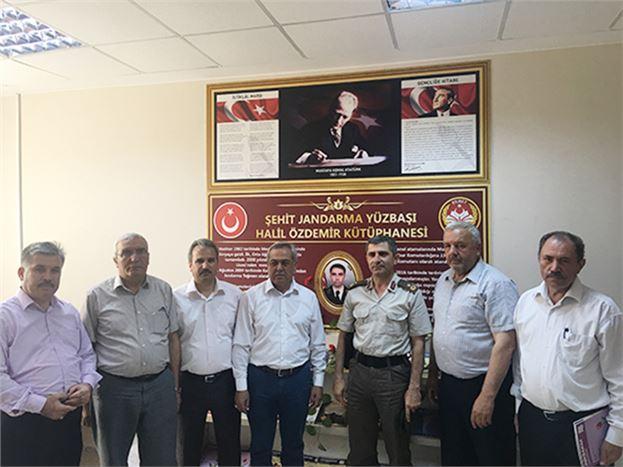 Tarsus Fen Lisesi'nde Şehit Yüzbaşı Halil Özdemir adına Kütüphane Açıldı