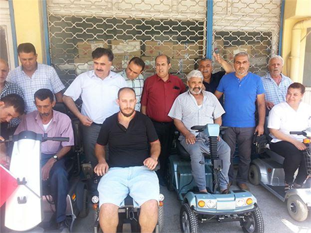 Tekerlekli Sandalyeler Dağıtılmaya Başlandı