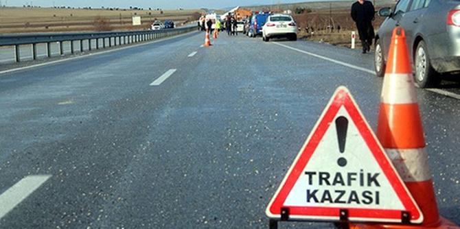 Trafik Kazasında 2 Kişi Hayatını Kaybetti