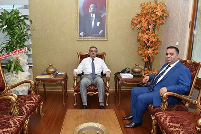 Tarsus Belediye Başkanı Vali Su'yu Ziyaret Etti