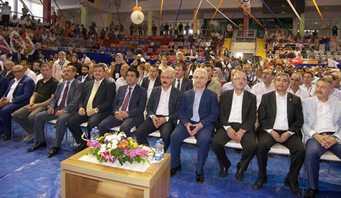 AK Parti Görev Bölümü Yaptı