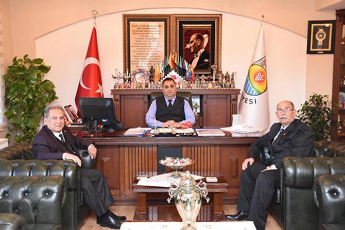 Başkan Ömer Kurnaz, Başkan Şevket Can'ı, Ziyaret Etti