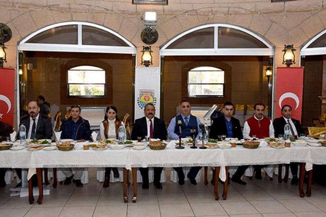 Belediye Başkanı Şevket Can, Gazeteciler ile Bir araya Geldi