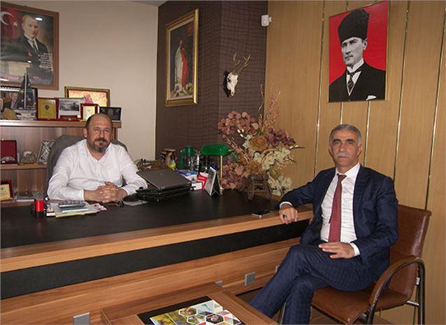 Ünal Kazan, Belediye Muhasebe Müdürü Oldu