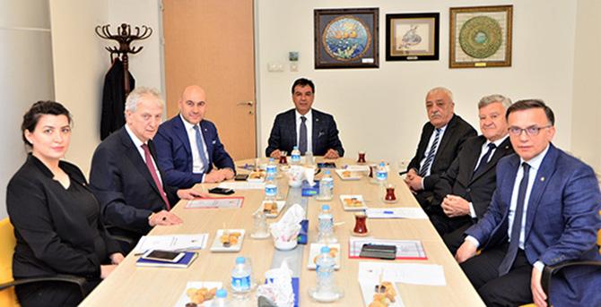 Başkan Ruhi Koçak, TOBB Dış İlişkiler Komisyonu Toplantısına Başkanlık Etti