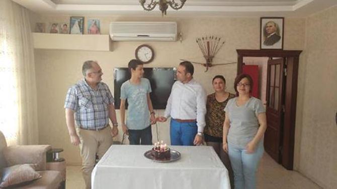 Hasta Öğrenciye Sürpriz Doğum Günü Düzenlendi