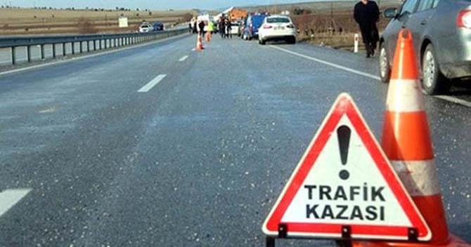 Otomobil Takla Attı:1 Ölü, 7 Yaralı