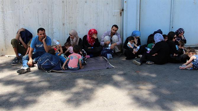 Tarsus'ta 42 Düzensiz Göçmen Yakalandı