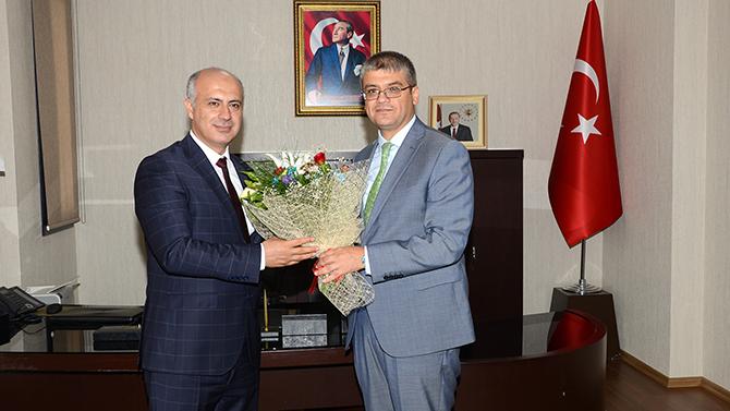 Tarsus Üniversitesi RektörlüğüDevir Teslim Töreni Yapıldı