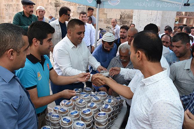 Tarsus Belediyesi 15 Bin Kişilik Aşure Dağıtımı Yaptı