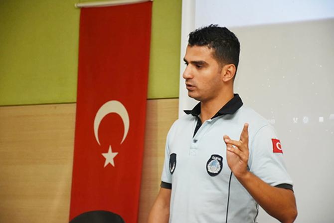 Belediye Personeline 'Türkiye Bağımlılıkla Mücadele Eğitimi' Verdi