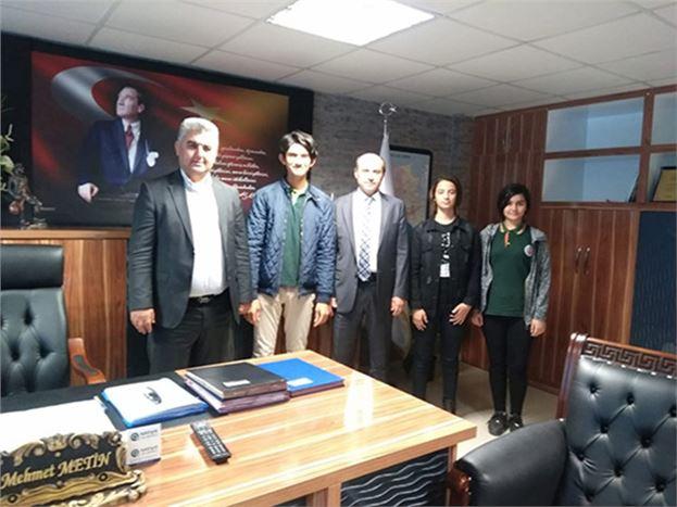 Öğrenci Meclis Başkanları, Müdür Metin'i Ziyaret Etti