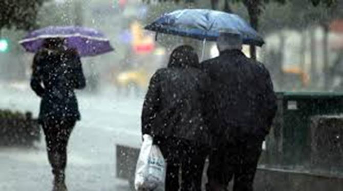 Meteorolojiden Adana, Mersin ve Tarsus İçin Şiddetli Yağış Uyarısı Yapıldı