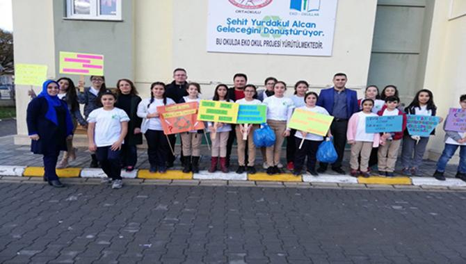 Şehit Yurdakul Alcan Ortaokulu'ndan Eko Okul Çevre Şenliği Gerçekleşti