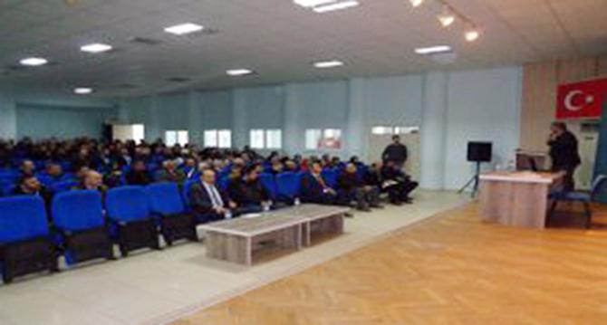 İşveren ve İşveren Vekillerine Yönelik Bilgilendirme Toplantısı Yapıldı
