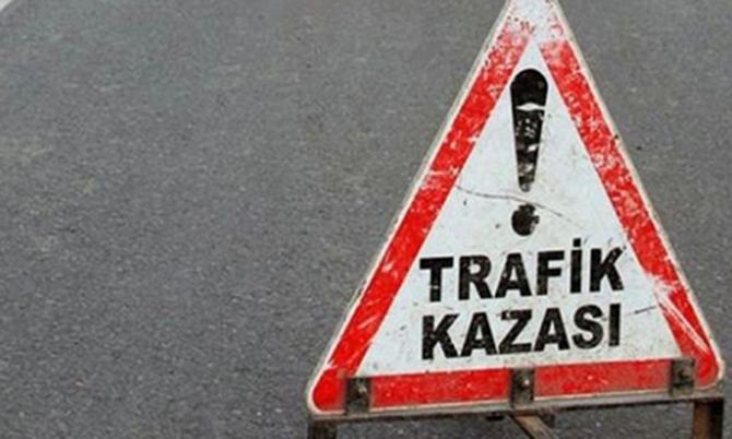 Trafik Kazasında 2 Genç Yaralandı