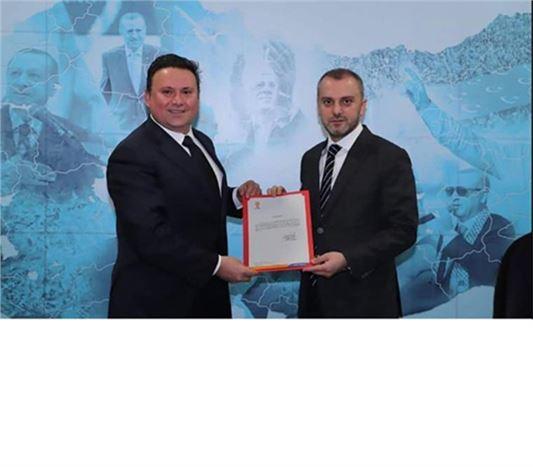 Nevzat Çetin, AK Parti İlçe Başkanı Oldu