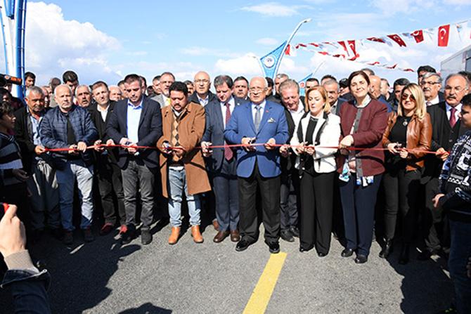 Kocamaz Sefa Köprüsü'nün Açılışını Gerçekleştirdi