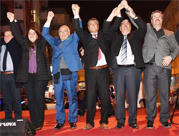 Erkoç ve Kocamaz, Tarsus'ta Açık Hava Mahalle Toplantısı Düzenledi