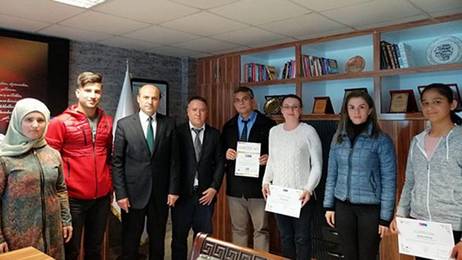 TÜBİTAK Finalistleri, Metin'i Ziyaret Etti