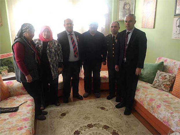 Kaymakam Yüksel Ünal, Şehit Cemre Salih Gözen''in Ailesini Ziyaret Etti