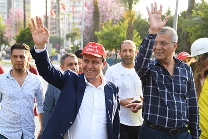 Başkan Seçer, 1 Mayıs'ta İşçi ve Emekçilerle Buluştu