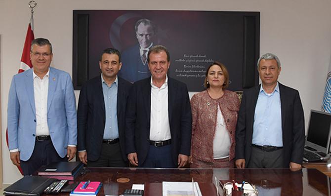 Adanalı CHP'li Vekiller, Seçer'i Ziyaret Etti
