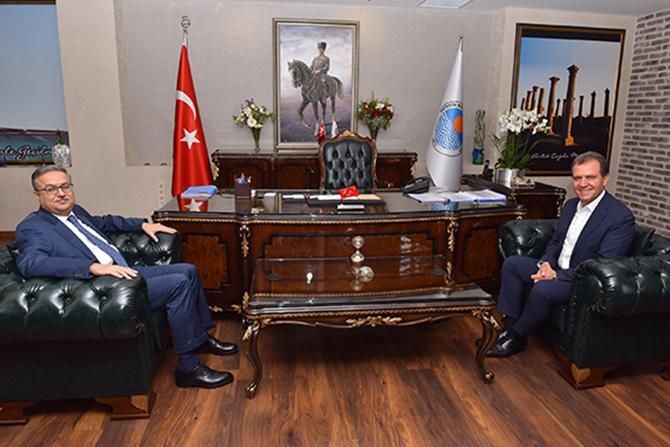 Vali Su'dan Başkan Seçer'e Ziyaret