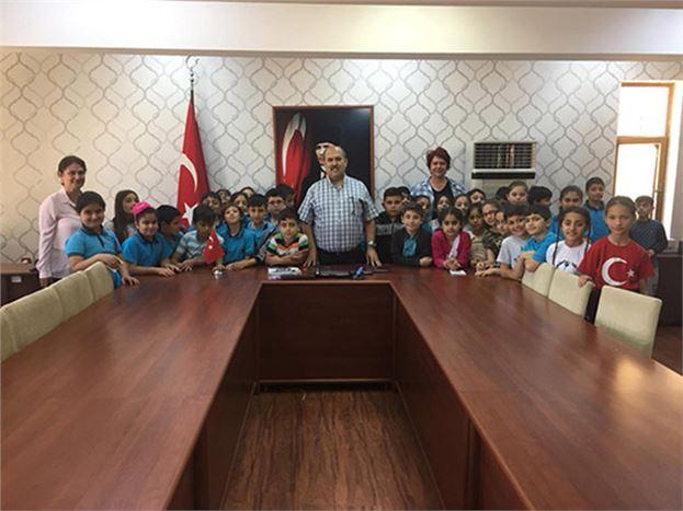 Öğrenciler, Kaymakam Ünal'ı Ziyaret Etti