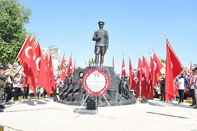 19 Mayıs Bayramının 100. Yılı Kutlandı