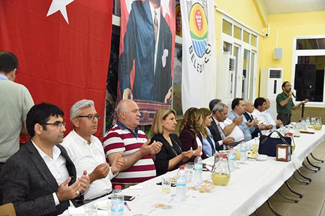 Başkan Haluk Bozdoğan, Muhtarlarla İftar Yemeğinde Bir araya Geldi