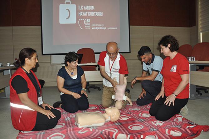 Tarsus Belediye Personeline, 'İlk Yardım' Güncelleme Eğitimi Verildi