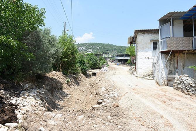 Tarsus'ta Sel Felaketinin Yaraları Sarıldı