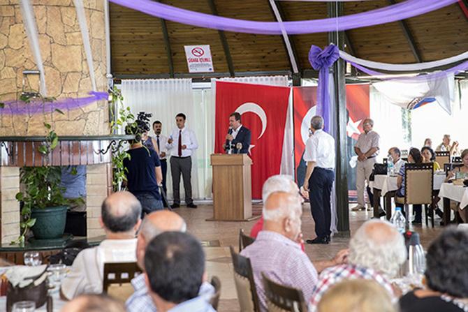Başkan Seçer, Emekliler ile Bir araya Geldi