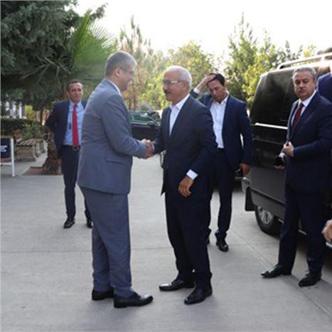 Elvan, Tarsus Üniversitesini Ziyaret Etti
