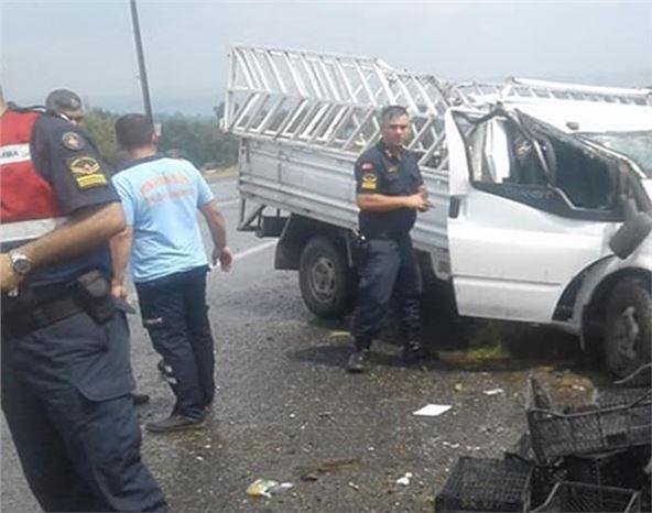 Araç Takla Attı;  2 Kişi Ölümden Döndü