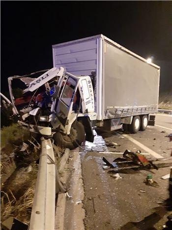 Trafik Kazasında 2 Kişi Yaşamını Yitirdi