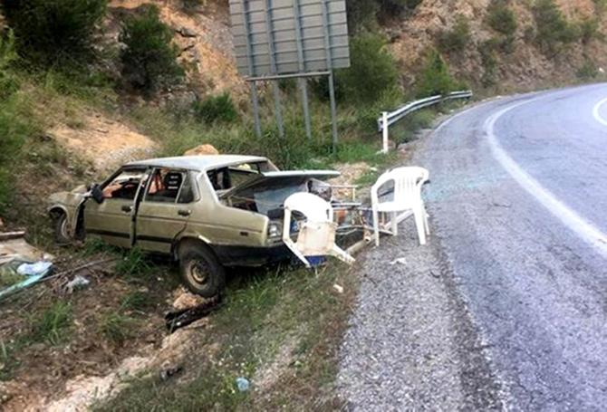 Şarampole Devrilen Otomobildeki  5'i Çocuk 7 Kişi Yaralandı
