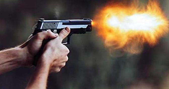 Tarsus'ta Silahlı Kavgada 4 Kişi Yaralandı
