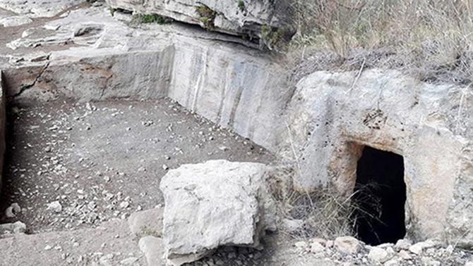 Kaya Mezarları Büyük İlgi Çekiyor