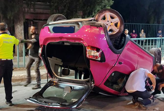 Otomobil Takla Attı, Sürücü ve Köpeği Yaralandı