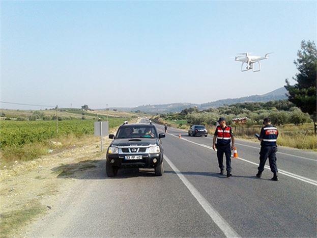 Jandarma Trafik Timleri, Sürücüleri Uyardı