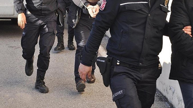 Kaçak Kazı Yapan 3 Kişi Gözaltına Alındı