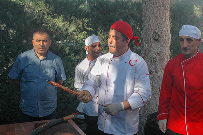Başkent'te Tarsus Kebabı Rüzgarı Esti