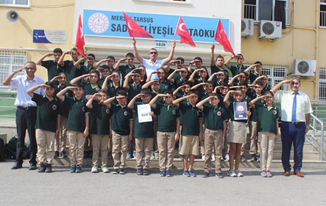 Sadık Eliyeşil Ortaokulu Öğrencilerinden Barış Pınarı Harekatına Selam Var